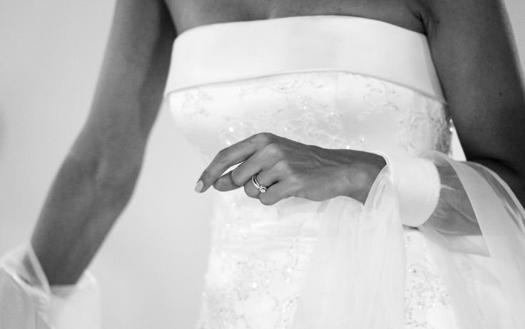 Cecilia, sposa Amatelier.  Dress and jewel: #amatelier  Ph: Fezza Studio
