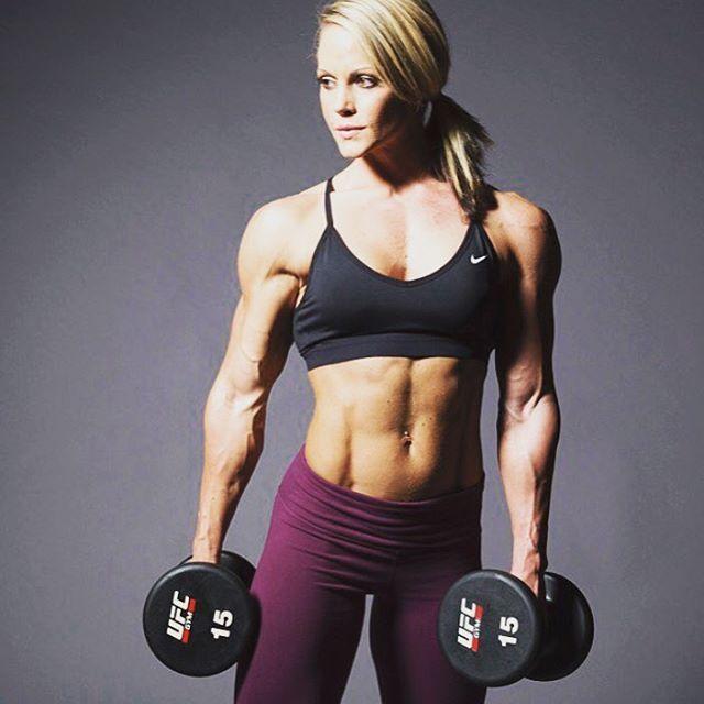 My #WCW is @nicolemwilkins #Strength #Beauty #MuscleMaker #SheLifts #Beastess #StrongWomen #NicoleWilkins #BodyOnPoint #MuscleHustle #ShouldersOnFleek thank you for #Inspiring #SheBoss #StayThirsty My #WomenCrushWednesday ����♀️���������� http://www.unirazzi.com/beauty/post/1481651601495506403_34578295/?code=BSP4kgMBz3j