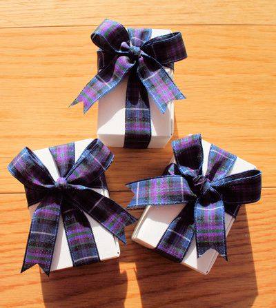 Scottish Favours Scottish Favours  traditionally filled with Scottish Tablet but could be filled with anything.