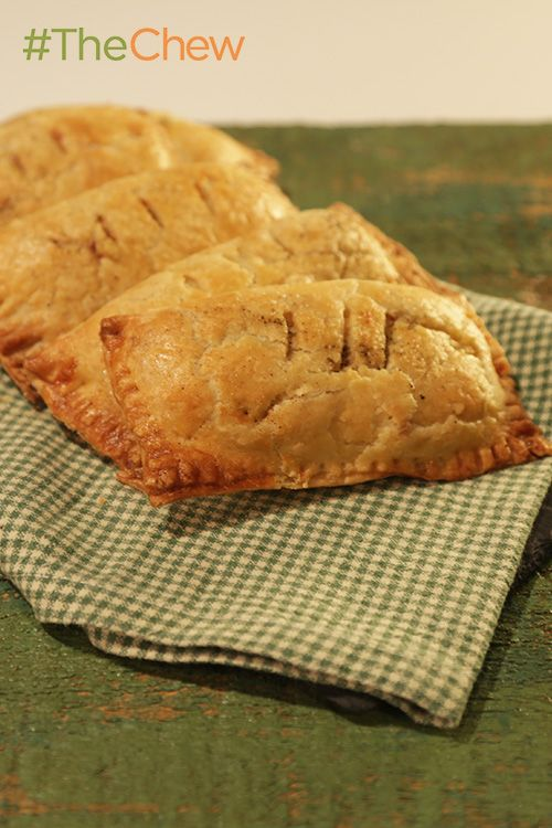 Turn your mashed potatoes into delicious (and cute) Mashed Potato Hand Pies!