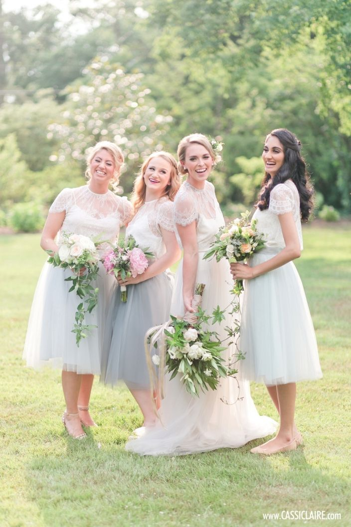 Tulle Bridesmaids Skirts! Florals: Viburnum Designs. Photo: Cassi Claire. Planning: Hanalulu Co. Attire: Alexandra Grecco.
