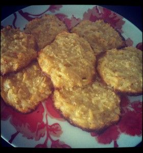 Clean Eating Recipe: Chewy Coconut Cookies