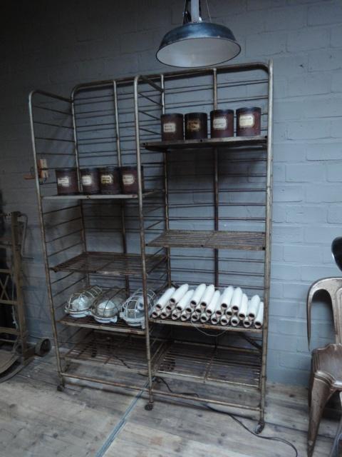 Stalen fabriekrek -