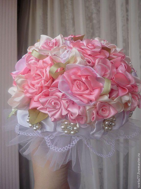 Купить Свадебный букет невесты из атласных лент с брошами - букет невесты, брошь-букет, розочка