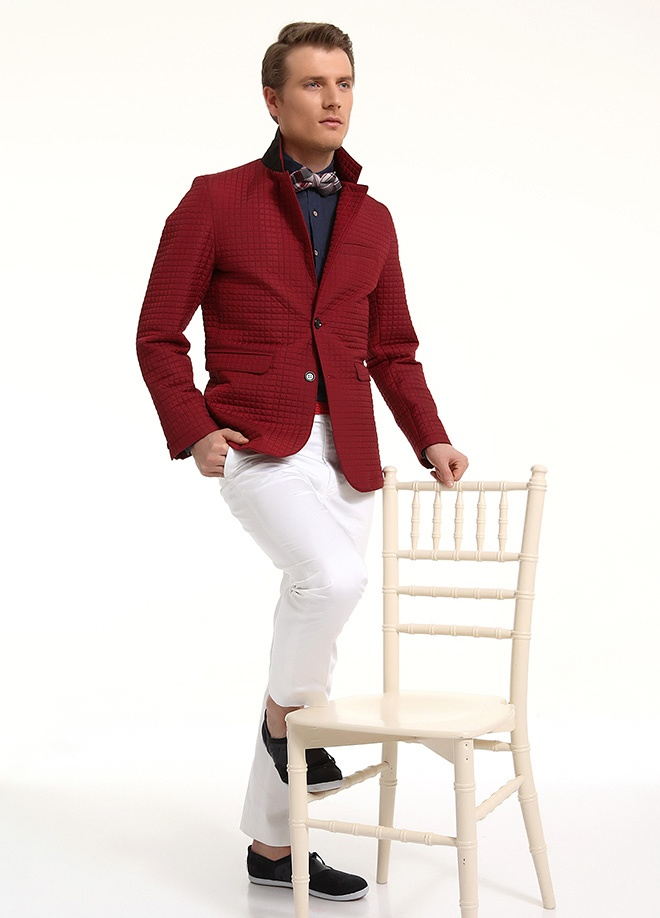 beCool Men Kapitone ceket Markafonide 319,90 TL yerine 159,99 TL! Satın almak için: http://www.markafoni.com/product/3837572/