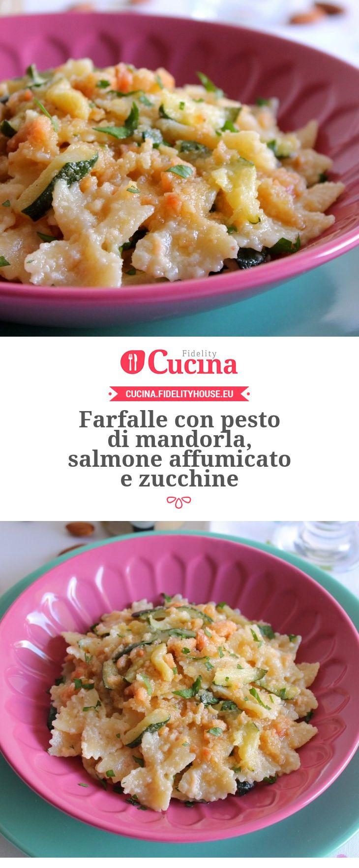 Farfalle con pesto di #mandorla, #salmone affumicato e #zucchine della nostra utente Giovanna. Unisciti alla nostra Community ed invia le tue ricette!