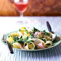 Spinach ham and pea papardelle