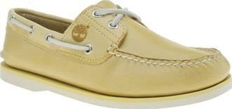 Timberland Yellow Classic Boat Mens Shoes The Timberland Classic Boat is nautical-inspired realness at its finest. Arriving in soft yellow leather this boat shoe features a moccasin style construction and 360 lacing for an authentic feel. A r http://www.comparestoreprices.co.uk/january-2017-8/timberland-yellow-classic-boat-mens-shoes.asp