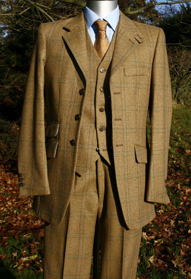 Not sure of the tweed but nice style.