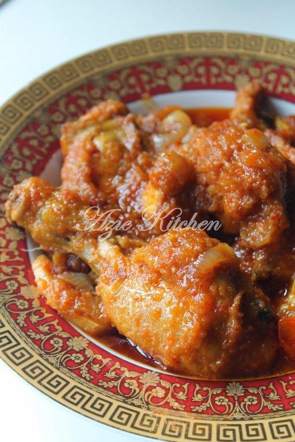 Azie Kitchen: Ayam Masak Merah Yang Paling Best