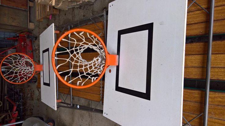 Hang ns een basket aan je muur! Stoer woonaccessoire of gewoon om te gebruiken, Vintage basketbalbord