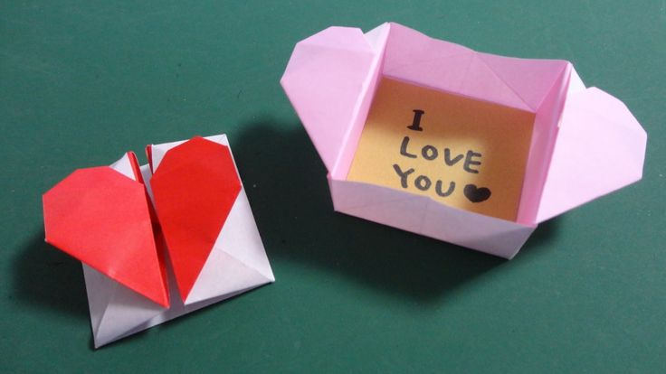 "Valentine's Origami ""Heart Window"""