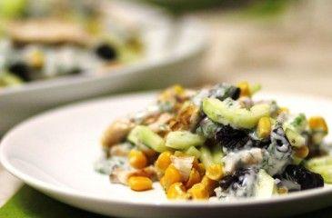 Салат с кукурузой консервированной - простые рецепты с фото. Вкусные салаты из кукурузы
