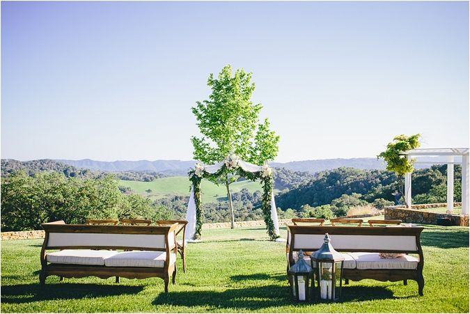 Southern Charm Wedding Inspiration Shoot at Lekai Ranch // see more on thesoutherncaliforniabride.com
