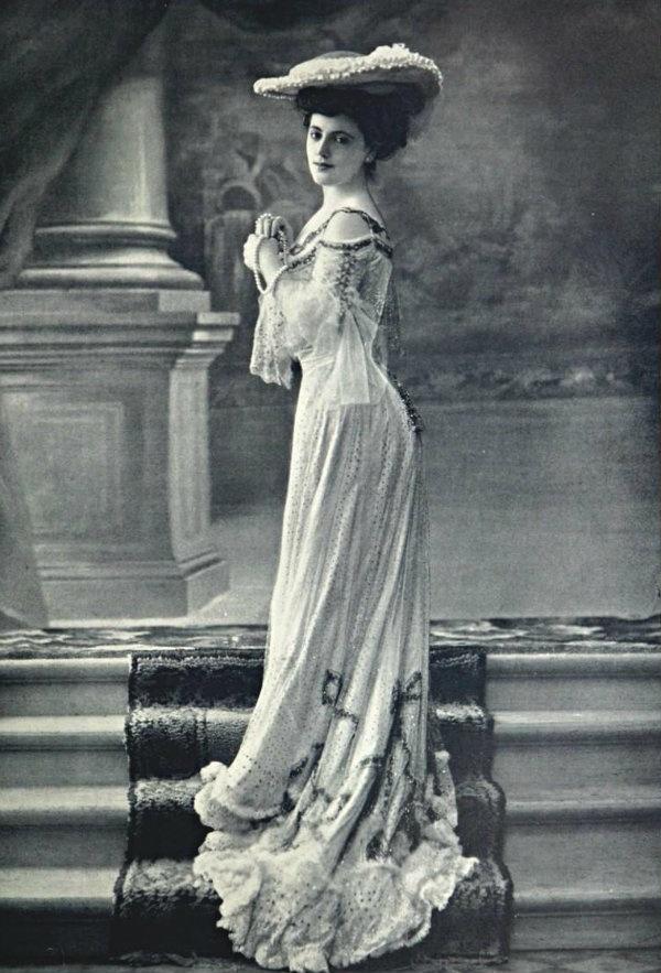 The portrayal of woman in fin de siecle