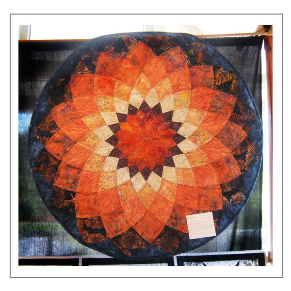 Wonderful Dahlia Quilt Pattern | Vectis Quilters | Isle Of Wight Makers Network
