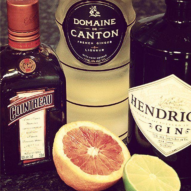 SO prepared #FridayNight #aperitivo  #HomeBar #HomeBartender #cocktail #cocktails #drink #drinks #drinking #CocktailLover #LoveCocktails #CocktailArt #CocktailCulture #HappyHour #CraftCocktails #CraftCocktail #mixology #mixologist #MixologyArt #CocktailHour #liquor #alcohol #CocktailTime #CocktailsOfInstagram #instacocktail #libation #libations #instadrink #DrinksOfInstagram #DrinkOfTheDay