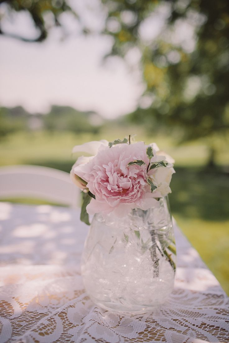 The 25 Best Simple Elegant Centerpieces Ideas On Pinterest Simple Wedding Centerpieces