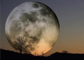 05/05/12 - Super Moon