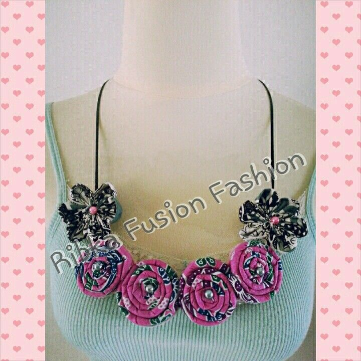 Kalung batik (batik necklace)