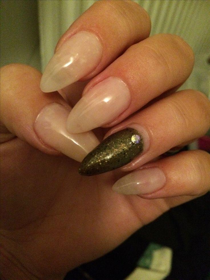 Nude sheer nails
