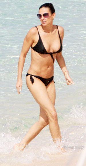 Demi Moore bikini body
