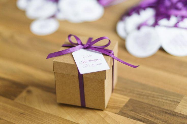 Great way to ask someone to be your bridesmaid. Wedding thank-you gifts for parents. / Pudełeczko z pytaniem o czy zostaniesz moją świadkową lub dobry pomysł na podziękowanie dla rodziców.