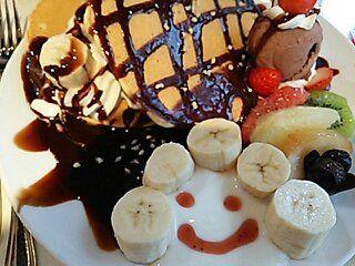 【広島で有名なフルーツ屋さん】タマルの「フルーツパンケーキ」 フルーツカフェタマル