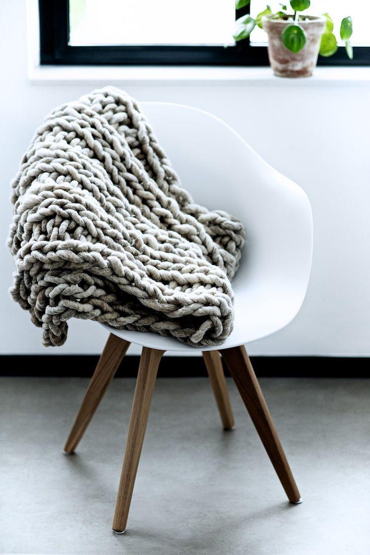 stuhl adelaide boconcept crochet ll knitting pinterest boconcept chairs and spring. Black Bedroom Furniture Sets. Home Design Ideas