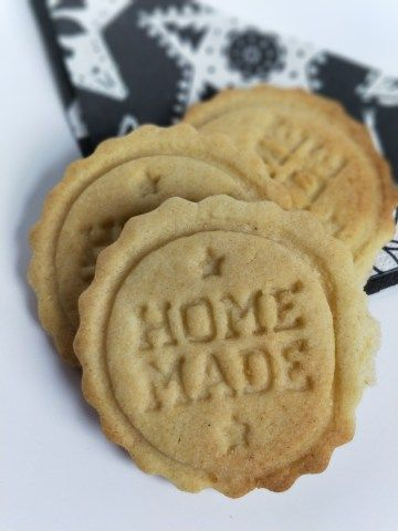Sugar Cookies: A Recipe for Fun With Your Toddler  #lifewithtinyhumans #cookies #sugarcookies #bakingwithkids #family #recipes