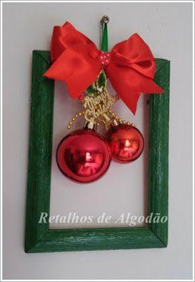 Enfeite de Natal feito com reaproveitamento de porta retrato