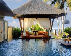 balinese outdoor decor