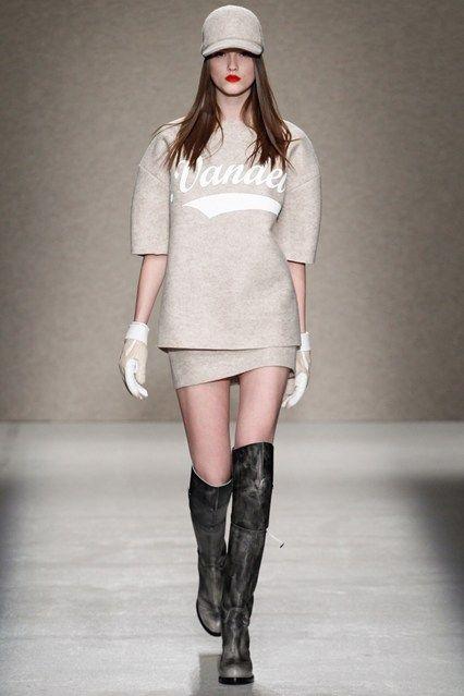 AF Vandevorst - Autumn/Winter 2014-15 Ready-To-Wear - PFW (Vogue.co.uk)