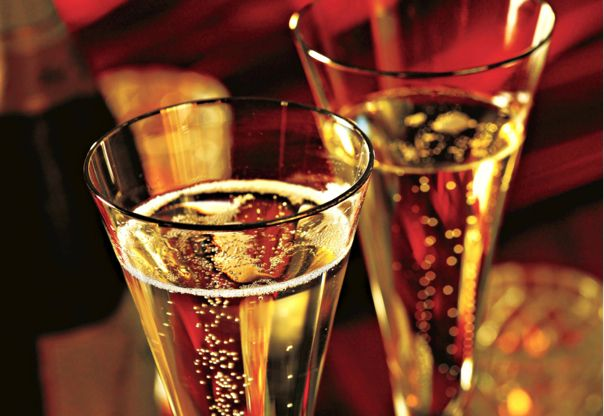There's no better drink to ring in the New Year than a nice flute of bubbly.   But on Holland America Line, in addition to a simple glass of the liquid gold g