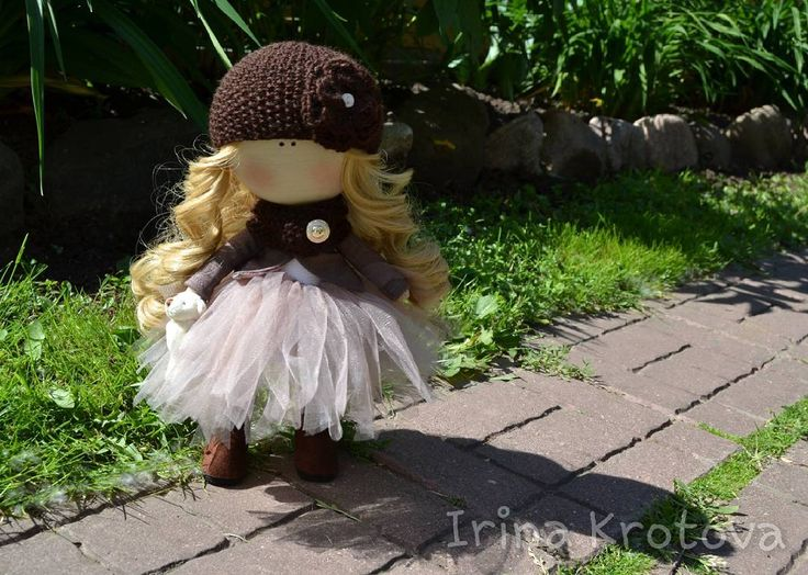 92 отметок «Нравится», 3 комментариев — Интерьерные куклы из текстиля (@irruussik) в Instagram: «Куколка не продается. Рост куколки 29 см. По вопросам приобретения куклы пишите в директ, WhatsApp,…»