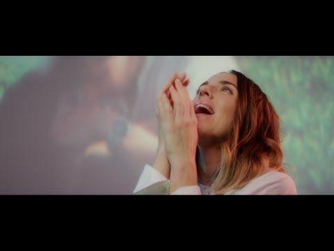 Ecco il video per #DearLife, il bel singolo dell'ex Spice Girl Melanie C...