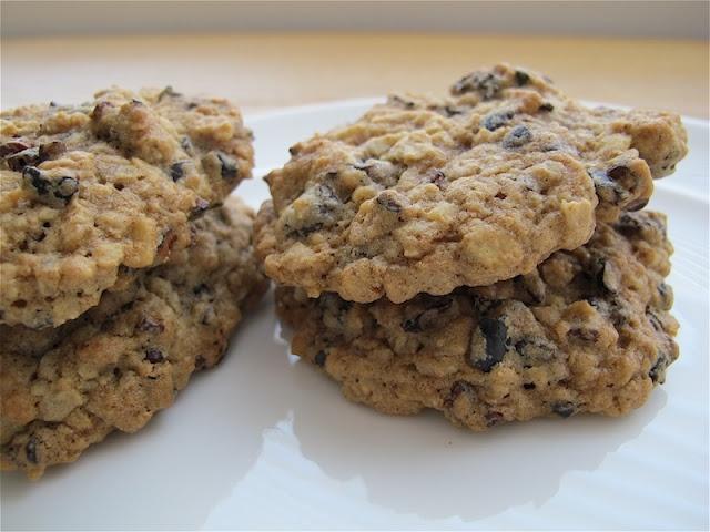 Oatmeal/Raisin/Walnut/Cacao Nib Cookies | Meg's recipes | Pinterest
