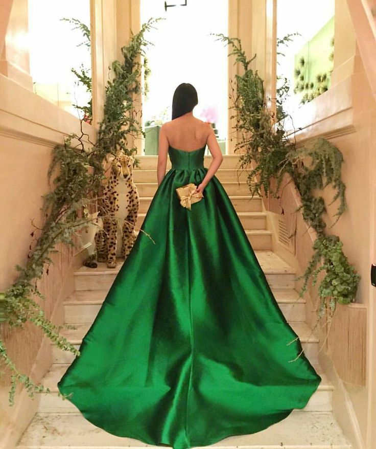 Pinterest Woman Emerald: 1000+ Ideas About Emerald Dresses On Pinterest