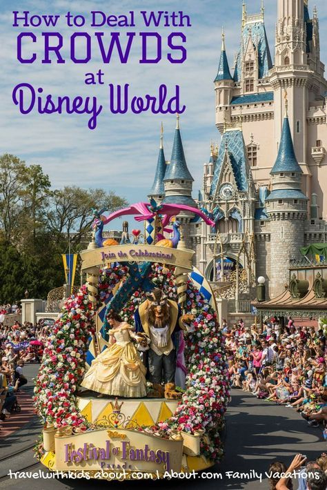 How to Deal with Crowds at Disney World | About.com Family Vacations #DisneySide