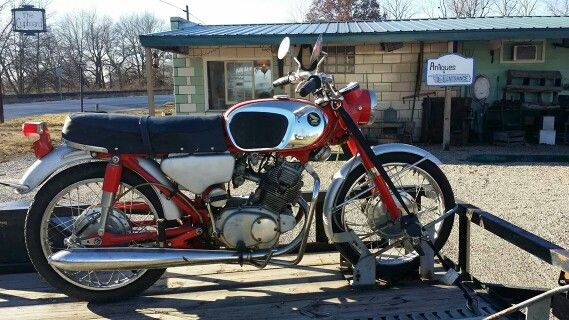 Awesome CB160 we just added to inventory!