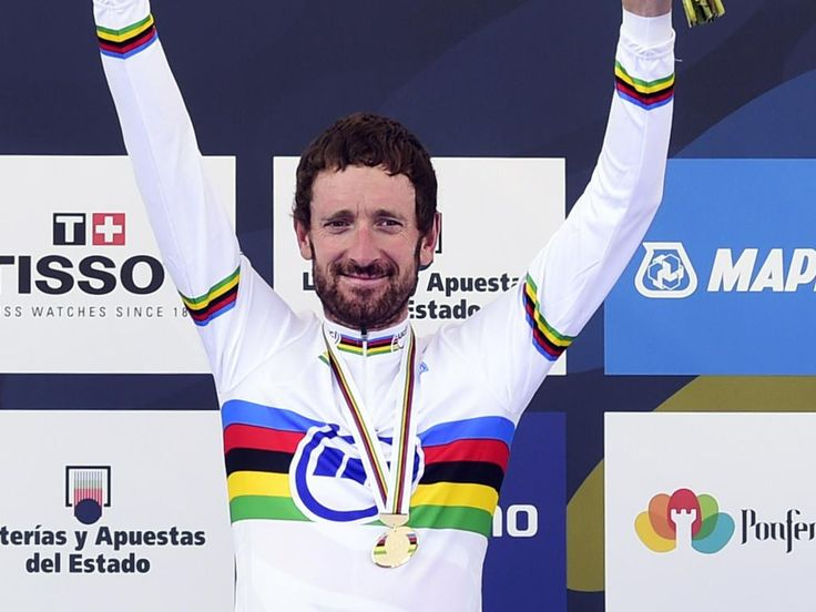 Team Sky @TeamSky Suits you Sir! Here's the first photo of Wiggo in his new rainbow jersey! #Ponferrada2014 po.st/WorldChamp pic.twitter.com/AUdYicEiy9