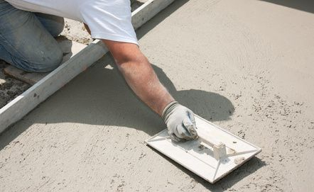 Découvrez les prix d'une dalle béton au m2, réalisée par un professionnel ou par vous-même. Recevez également des devis gratuit pour une dalle béton