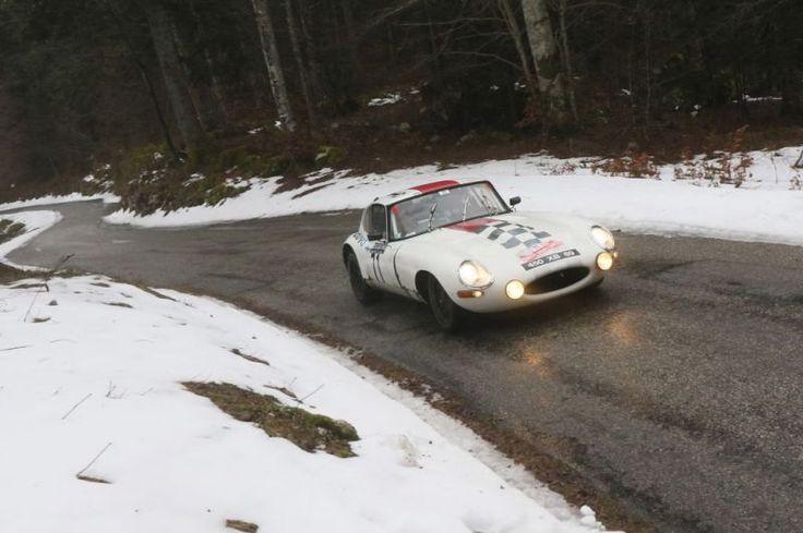 Jaguar Type-E, 1961 - Rallye Monte-Carlo Historique 2016 - diaporama photo Motorlegend.com