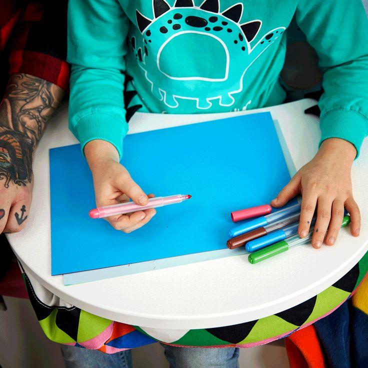 Mai mult timp pentru temele celor dragi: copiii mai au puțin până se întorc la școală, iar imaginația lor e plină de imagini și culori din vacanță.Descoperă mai multe soluții pentru stilul tău de învățat de aici:www.IKEA.ro/inapoi_la_scoala