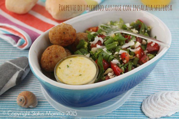Polpette+di+tacchino+gustose+con+insalata+sfiziosa