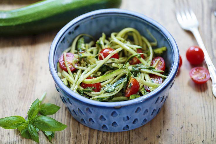 Healthy pasta, zucchini pasta, healthy dinner, healthy dinner idea, healthy food, clearme, clearmeskin