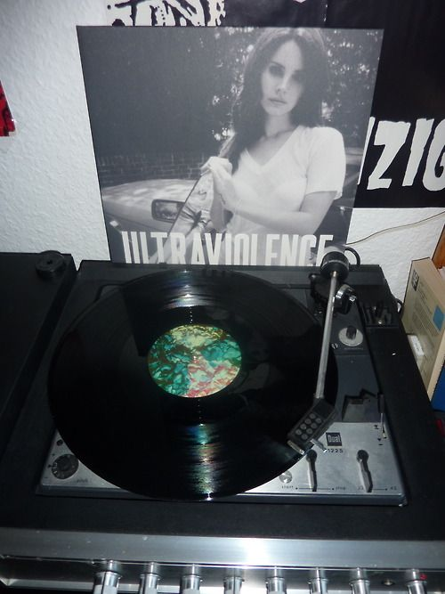 Lana Del Rey #LDR #Ultraviolence #vinyl  I need a damn record player