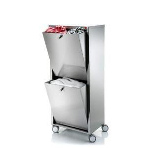 Meuble bac à linge roulant en Acier Inoxydable comprenant un traitement Easy clean. 2 compartiments, capacité totale 80 litres. Dimensions: 40 x 27 x 96 cm. haut