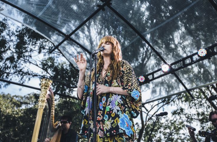 Florence and The Machine - Channel V Secret Show - It's Always Darkest Before The Dawn