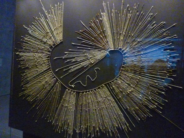 Los nudos del Inka ''quipus'', lo hacían para llevar su contabilidad.